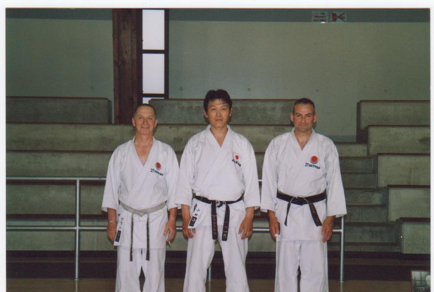 Margny les Compiégne stage avec Sensei Kobayashi année 2004